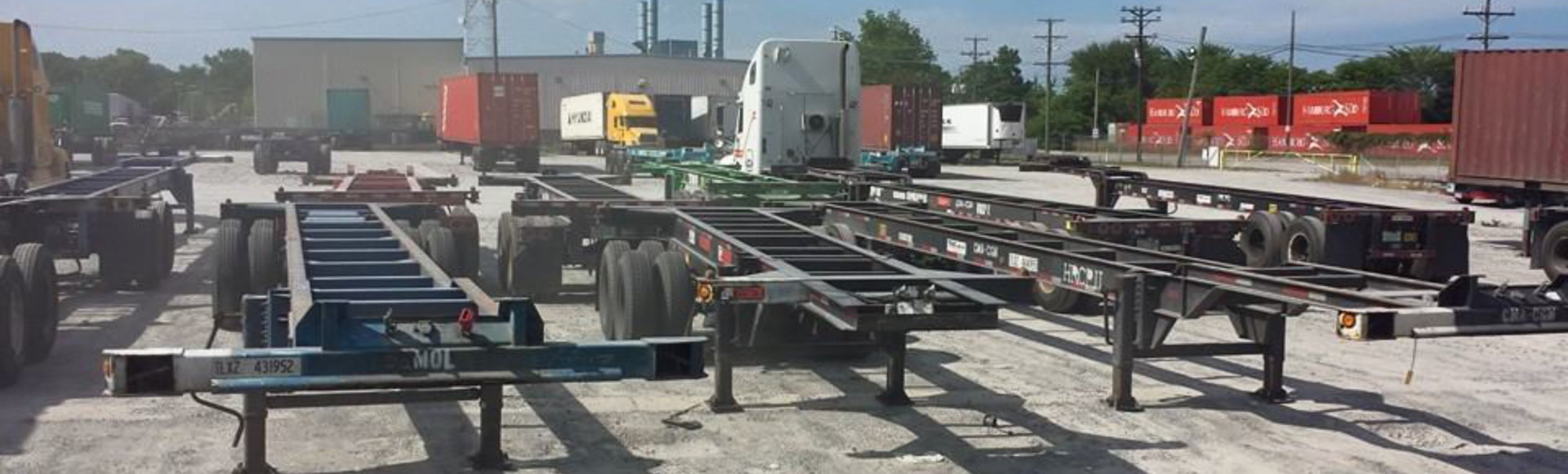 parked intermodal carriers